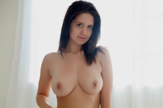Titty Fuck Queen Jenna