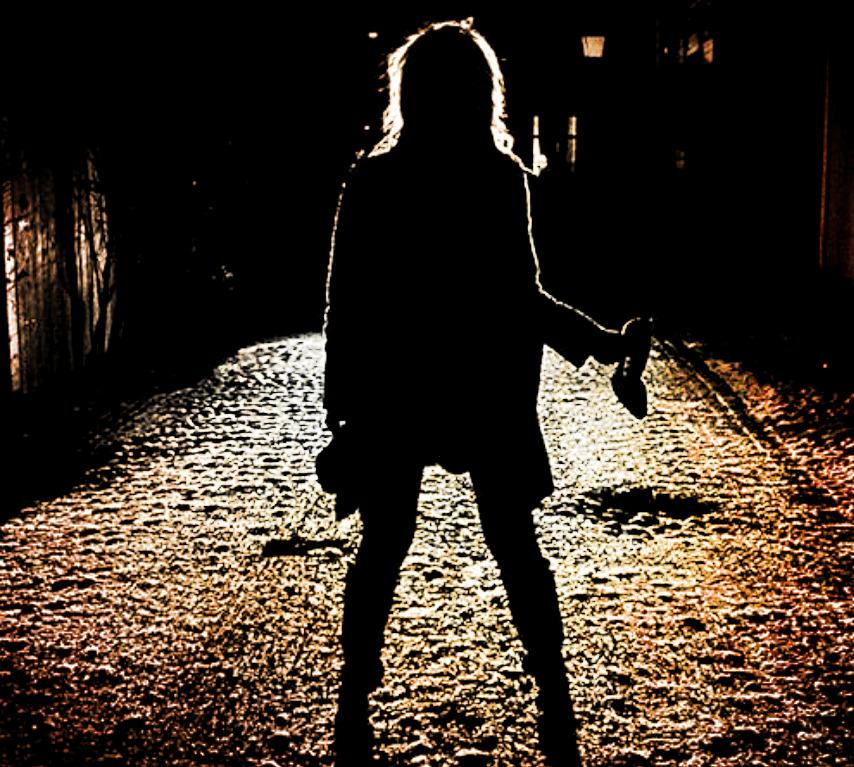 girl in alley