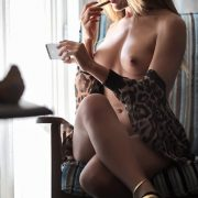 Gisele tells a great blackmail story