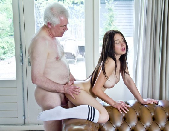 Gisele will tell you a very naughty incest story