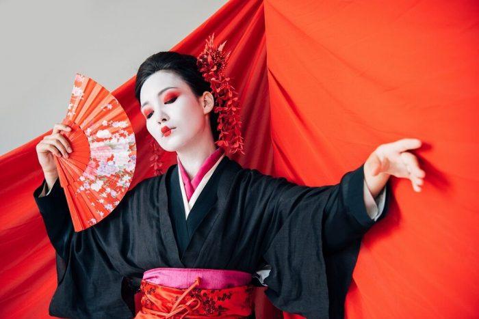 a geisha is not a hooker